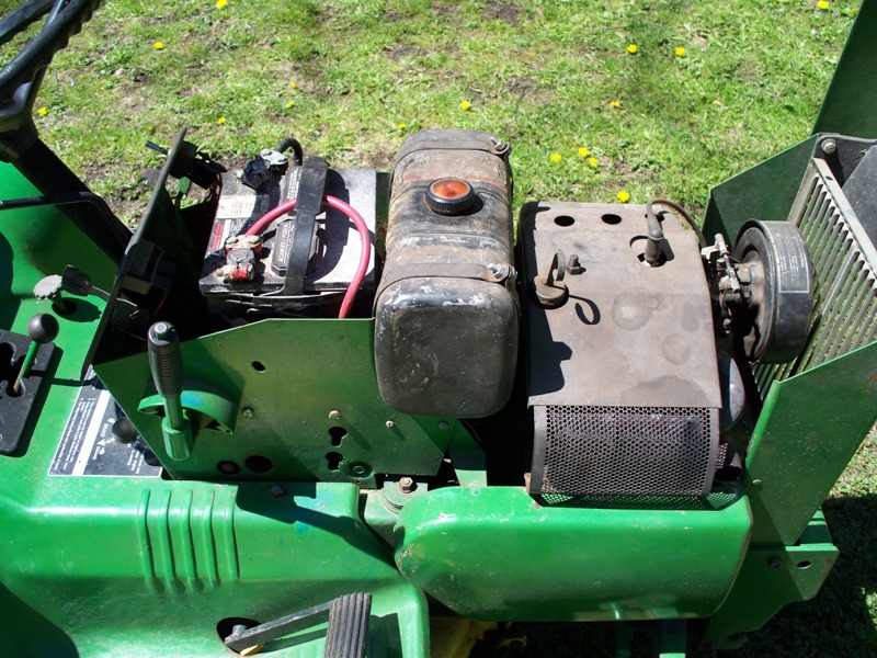 John Deere 112 Tractor  1974  - Mytractorforum Com
